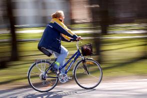 Elektrinius dviračius gaminsiantis